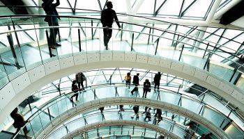 ZAGREBAČKI FORUM URBANE SIGURNOSTI: '91 posto Zagrepčana osjeća se sigurno u svom kvartu'